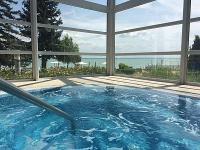 4* Wellness Hotel Marina-Port mit Whirlpool in Balatonkenese