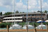 Yachthafen von Hotel Silverine Resort**** in Balatonfured
